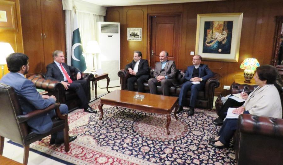 دیدار عراقچی با وزیر خارجه پاکستان