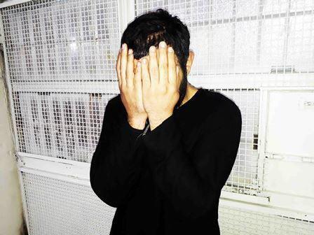 دستگیری پسری که پس از کشتن پدرش او را به آتش کشید (+عکس)