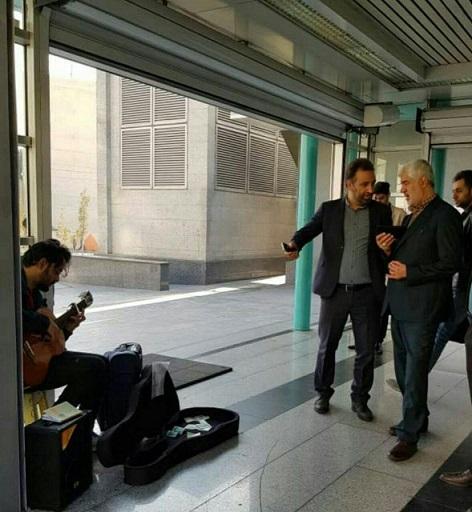خاطره نگاری جالب و نگاه متفاوت معاون شهردار از شنیدن موسیقی در متروی پایتخت (عکس)
