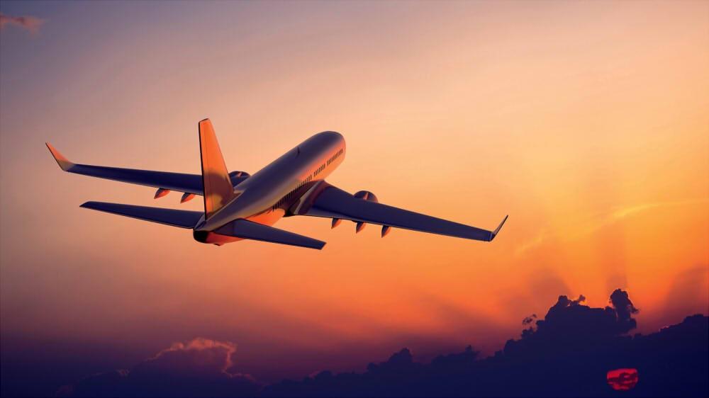 با خرید آنلاین بلیط هواپیمای داخلی، پول خود را پسانداز کنید