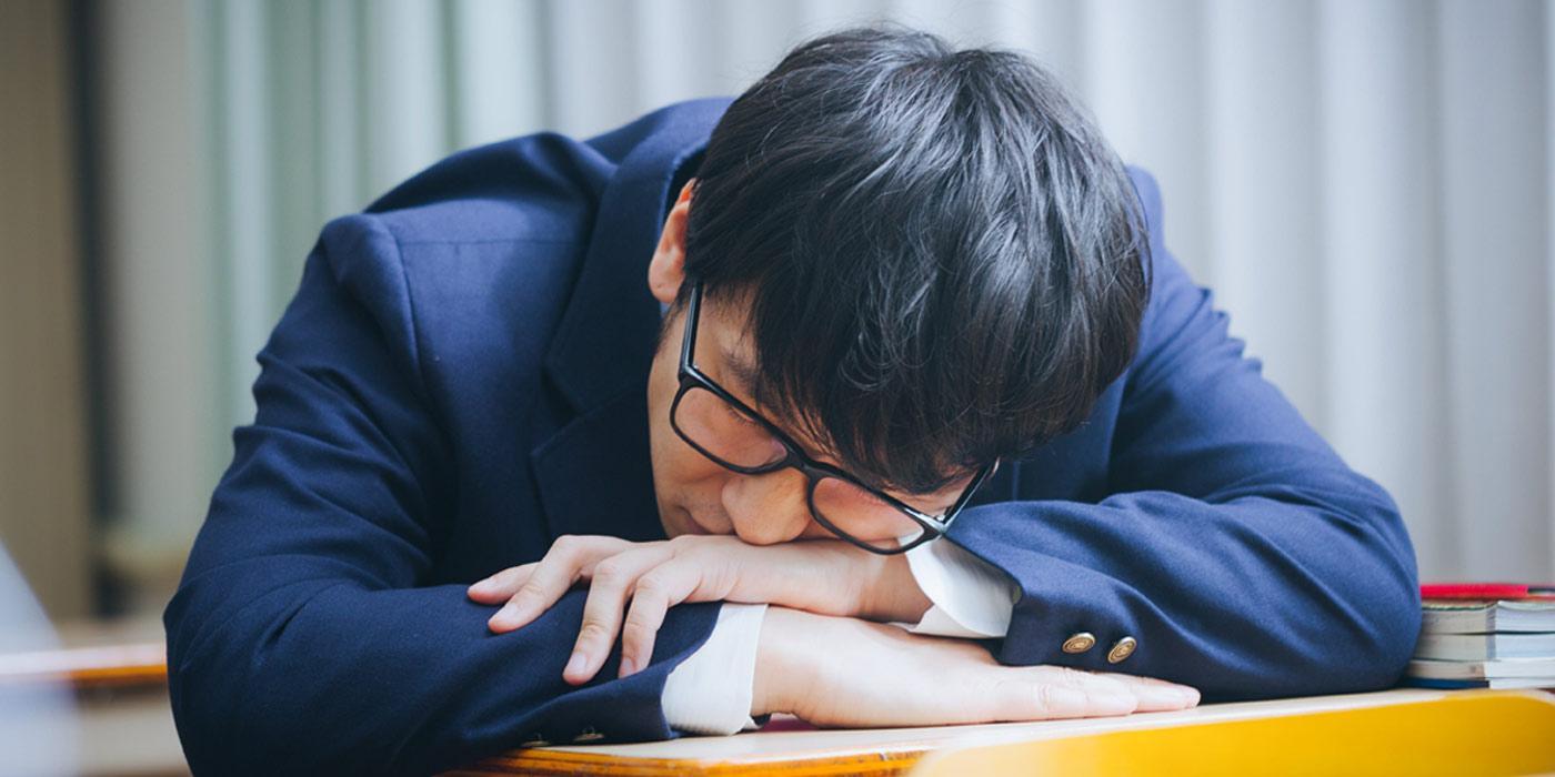 چُرت زدن بامزه ژاپنی ها (+عکس)
