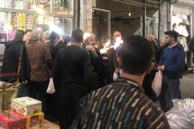 صف خرید پسته 200 هزار تومانی در بازار تهران