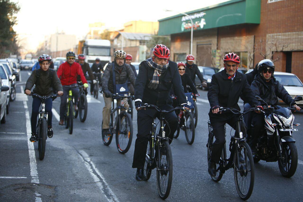 باز هم سه شنبه و باز هم شهردار سوار بر دوچرخه