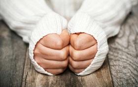 دلایل سرد بودن دست ها چیست