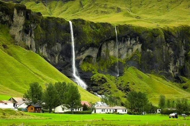 چرا ایسلندیها یخ وارد میکنند؟