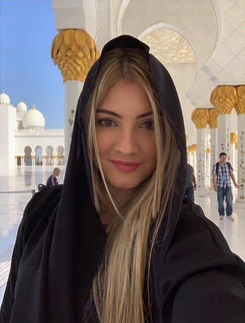 پوشش همسران بازیکنان رئال در مسجد شیخ زاید (+عکس)