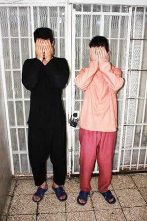 پلیس : دستگیری سارقان مسلح که طعمه های خود را از سایت معروف خرید و فروش انتخاب می کردند (+عکس)