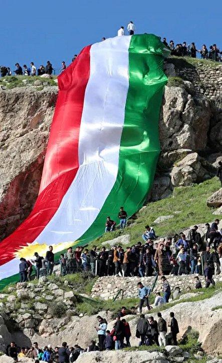 دیدنیهای امروز؛ از جشن نوروز در کردستان عراق تا دیدار خواهر اوباما با بانوی اول آلمان