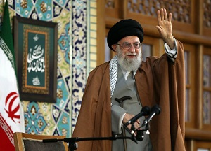 احمقهای درجه یک می گفتند اگر ما از برجام خارج شویم، در خیابانهای ایران شورش می شود/ از تحریم نباید بنالیم