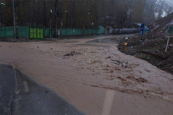 سیل به تهران رسید/ جاری شدن سیلاب در فشم