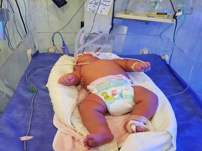 سنگین وزن ترین نوزاد ایران در یزد متولد شد (+عکس)
