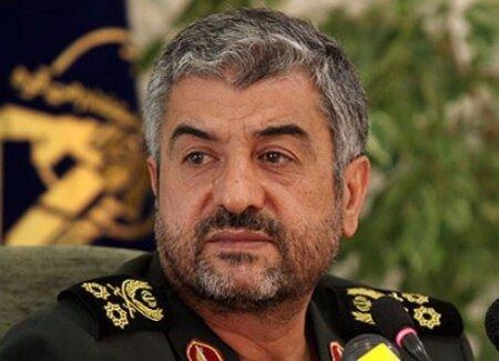 فرمانده کل سپاه: امریکایی ها جرات اقدام نظامی علیه ایران را ندارند