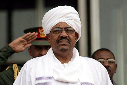 خبرهای غیررسمی از سودان: کودتای ارتش / عمرالبشیر برکنار شد/ همه در انتظار بیانیه ارتش