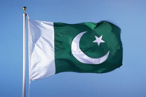 پاکستان رسانهها و دیپلماتهای خارجی را به بازدید از محل ادعایی بمباران شده توسط هند برد