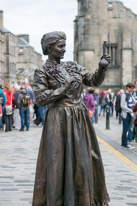 الهامبخشترین زنان تاریخ (+عکس)