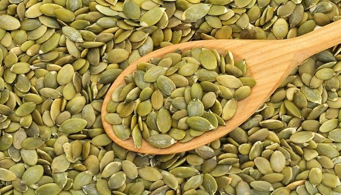 16 دلیل برای مصرف دانههای کدو تنبل