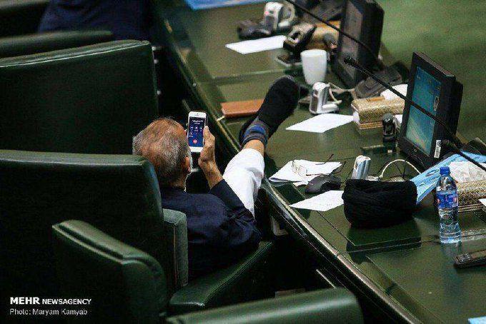واکنش نماینده میناب به عکس جنجالیاش در مجلس:  من نبودم