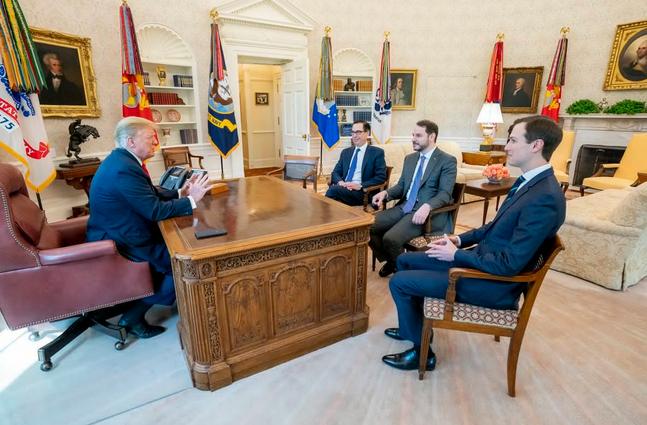 دیدار داماد اردوغان با ترامپ در کاخ سفید (+عکس)