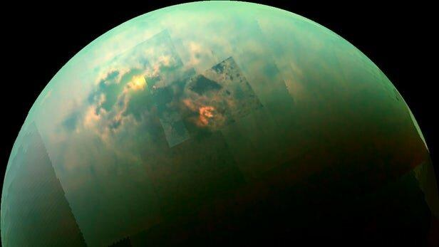 شباهت بیش از حد تصور دریاچههای قمر تایتان با دریاچههای زمین