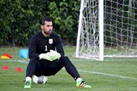 فروزان: زنوزی با آبرو و آینده فوتبالی من بازی کرد