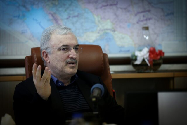 نامه وزیر بهداشت به سازمان جهانی بهداشت: آمریکا دسترسی ایران به دارو را محدود کرده است