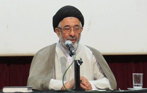 رئیس ستاد اقامه نماز قزوین: کاهش ذکر خدا باعث افسردگی میشود