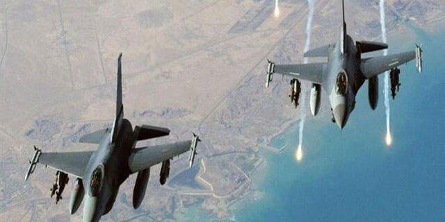 پرواز دهها جنگنده آمریکایی بر فراز پایگاه هوایی عینالاسد در عراق