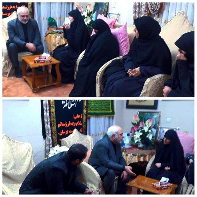 حضور ظریف و همسرش در منزل شهید حاج قاسم سلیمانی (عکس)