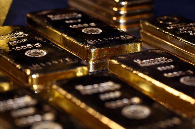طلا ۱۴ دلار ریزش کرد