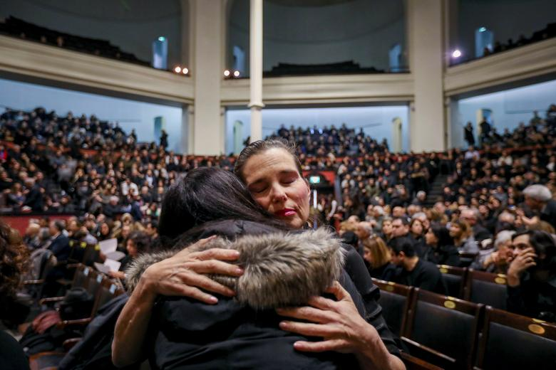 اجتماع 2300 نفری کانادائیان در شوگ هواپیمای اوکراین