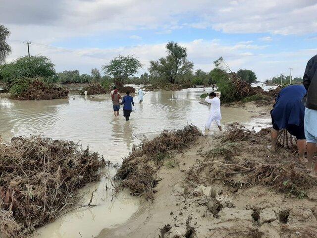 سیل در سیستان و بلوچستان دسترسی به ۳۰۰ روستا را مسدود کرد