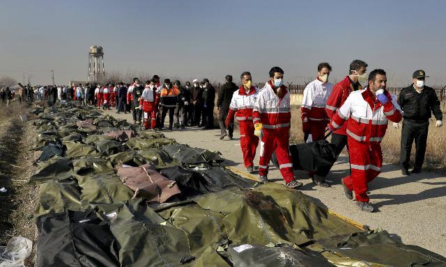 گاردین: حادثه سقوط هواپیمای اوکراینی در ایران مقصران زیادی دارد