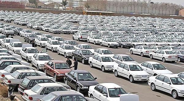 وزیر صمت: افزایش قیمت خودروها ناشی از نوسانات بازار است/ افزایش تولید مشکل را حل میکند