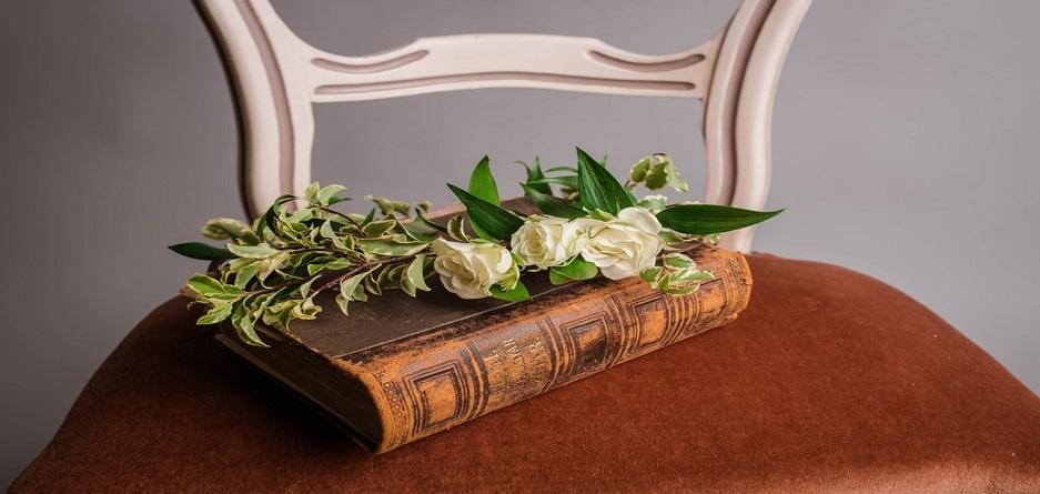 6 شعر زیبا که از همان بیت اول شما را جذب خود خواهند کرد