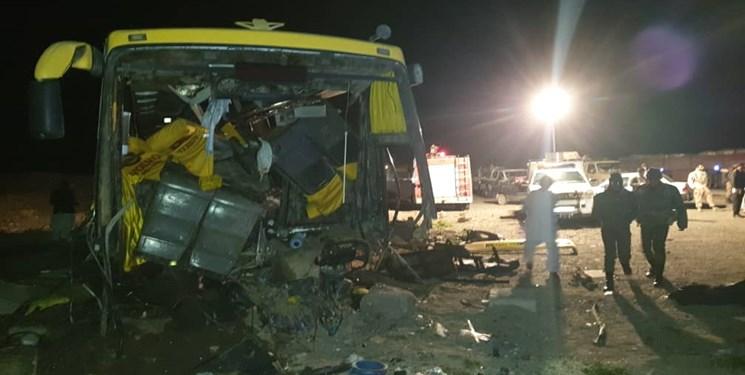 تصادف اتوبوس در زاهدان 1 کشته و 20 زخمی برجا گذاشت (+عکس)