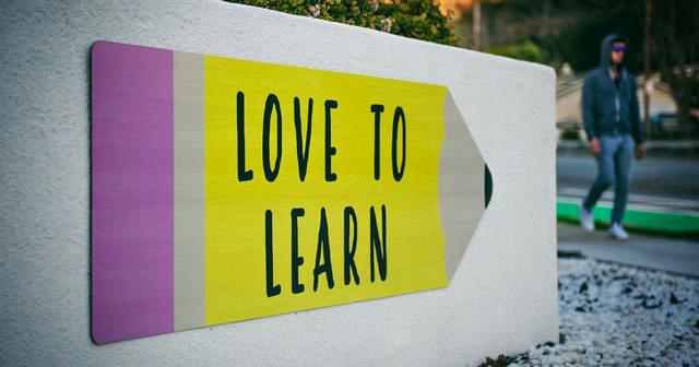 همین حالا هم برای یادگیری زبان خارجی دیر کرده اید!