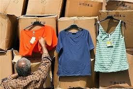 اتحادیه تولید و صادرات: ازسرگیری واردات پوشاک از مناطق آزاد فاجعه است/ ستاد مبارزه با قاچاق کالا و ارز: با تمام فروشندگان برندهای بدون مجوز رسمی پوشاک، برخورد قاطع میشود