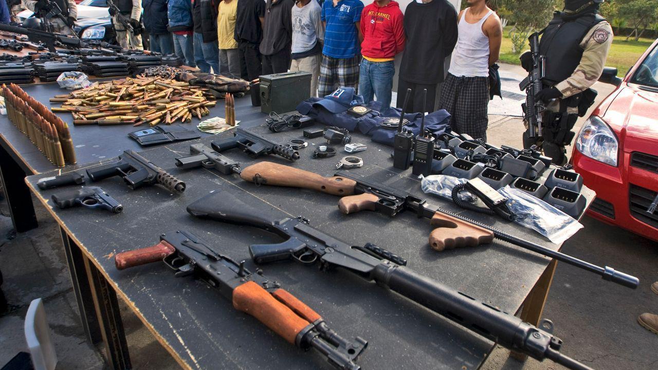 مالکیت سلاح در چه کشورهایی قانونی است؟ کدام کشورها بیشترین و کمترین تعداد اسلحه را دارند؟