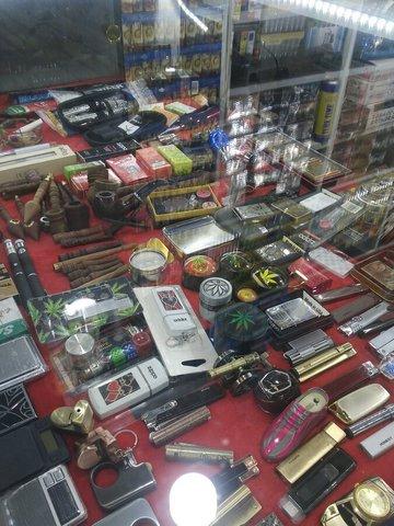 سیگار با طعم بلوبری و روکش طلا/ اینجا بازار سیاه سیگارهای لاکچری بچه پولدارهای تهران است