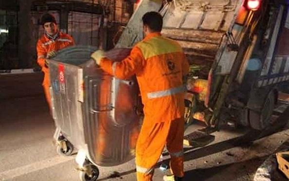 مخازن فلزی زباله از معابر تهران می روند