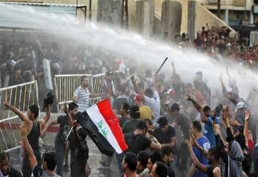 ادامه اعتراض ها و بسته شدن چندین جاده در عراق