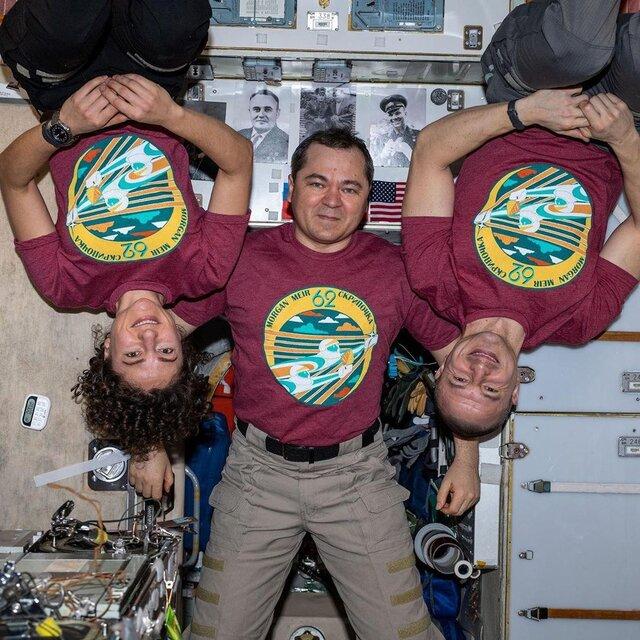 تصویری جدید از فضانوردان باقیمانده در فضا (+عکس)