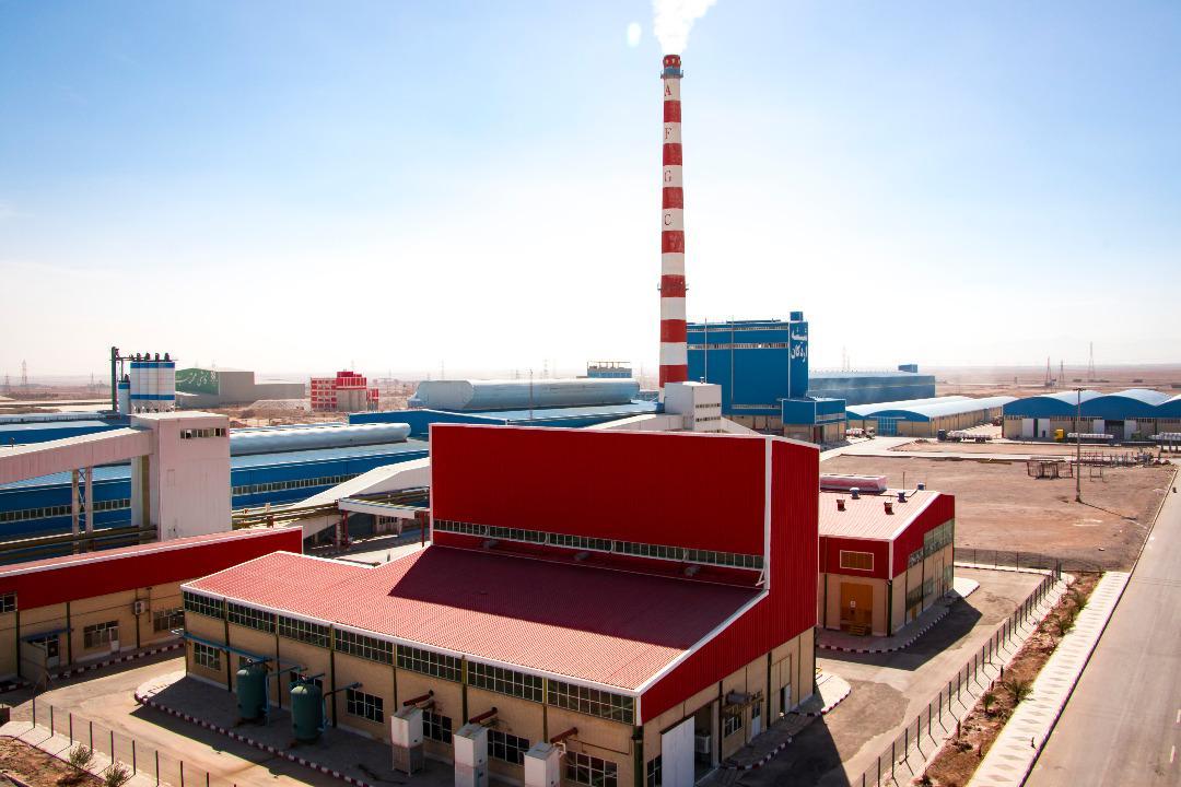 سختگیریهای داخلی برای صنایع نابودکننده است / صنعت شیشه، یک صنعت پاک است