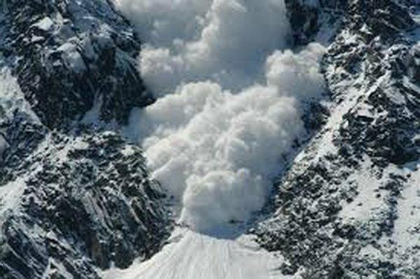 کشف جسد یک کوهنورد در ارتفاعات واریان کرج