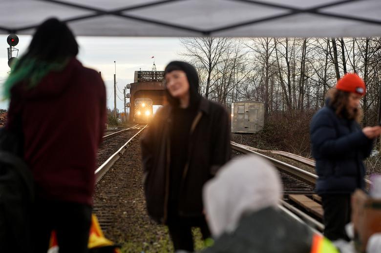 بومیان کانادا خط لوله تظاهرات