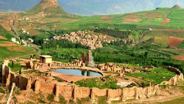 اسراری از مکانهای مخوف و عجیب ایران/ از غاز قاتل و قلعه آدمخوار تا گورستان اجنهها (+عکس)