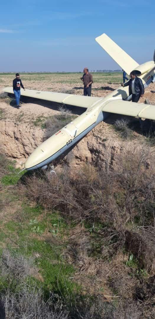 سقوط یک فروند پهباد در اطراف اهواز (+عکس و فیلم)