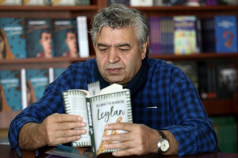 داستان نویسی یک زندان سیاسی در ترکیه، راهی برای مقاومت