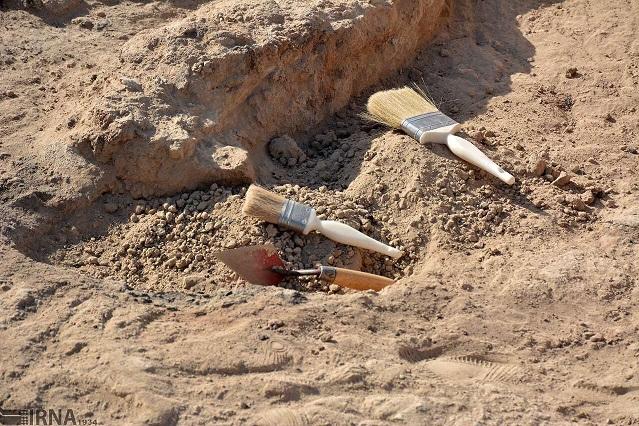 کشف یک محوطه باستانی در جیرفت