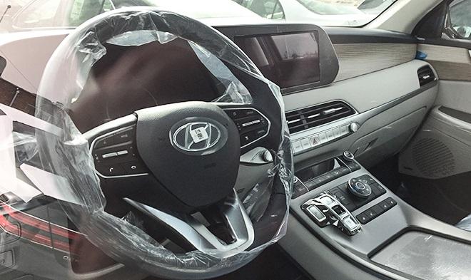 خودروی های لوکس هیوندای و جنسیس وارد کشور شدند/ سفارتخانه های خارجی اسفاده کننده این خودروها هستند (+عکس)